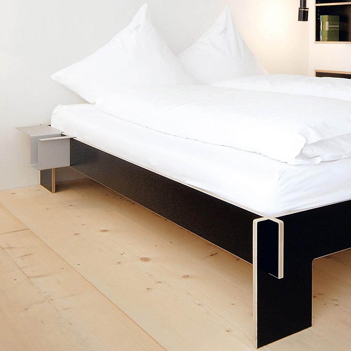 d6df4aabef NILS HOLGER MOORMANN Siebenschläfer Bett   NENNMANN form und funktion